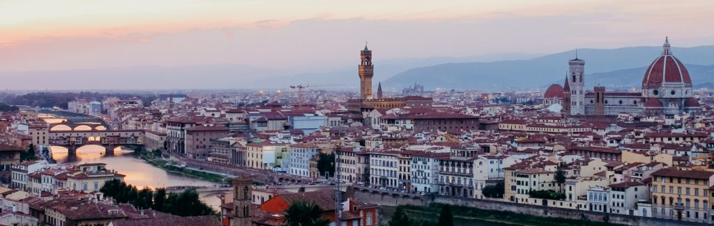 eloping in italy at Piazzale Michelangelo during sunset