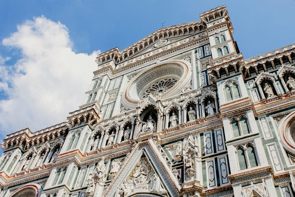 eloping in italy at Cathedral of Santa Maria del Fiore close up